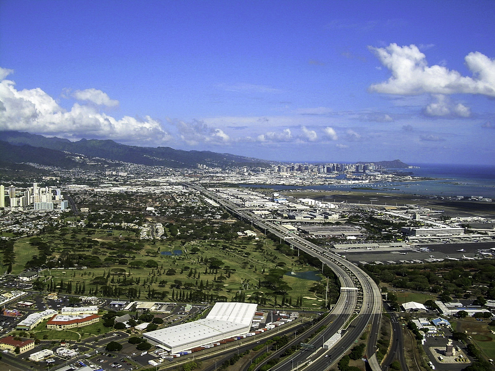 Costs of public employment in the Aloha State